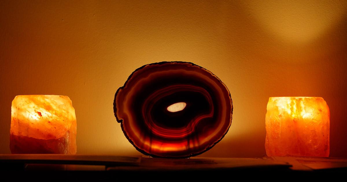 himalaya salz lampe 4 gute gr nde f r einen kauf. Black Bedroom Furniture Sets. Home Design Ideas